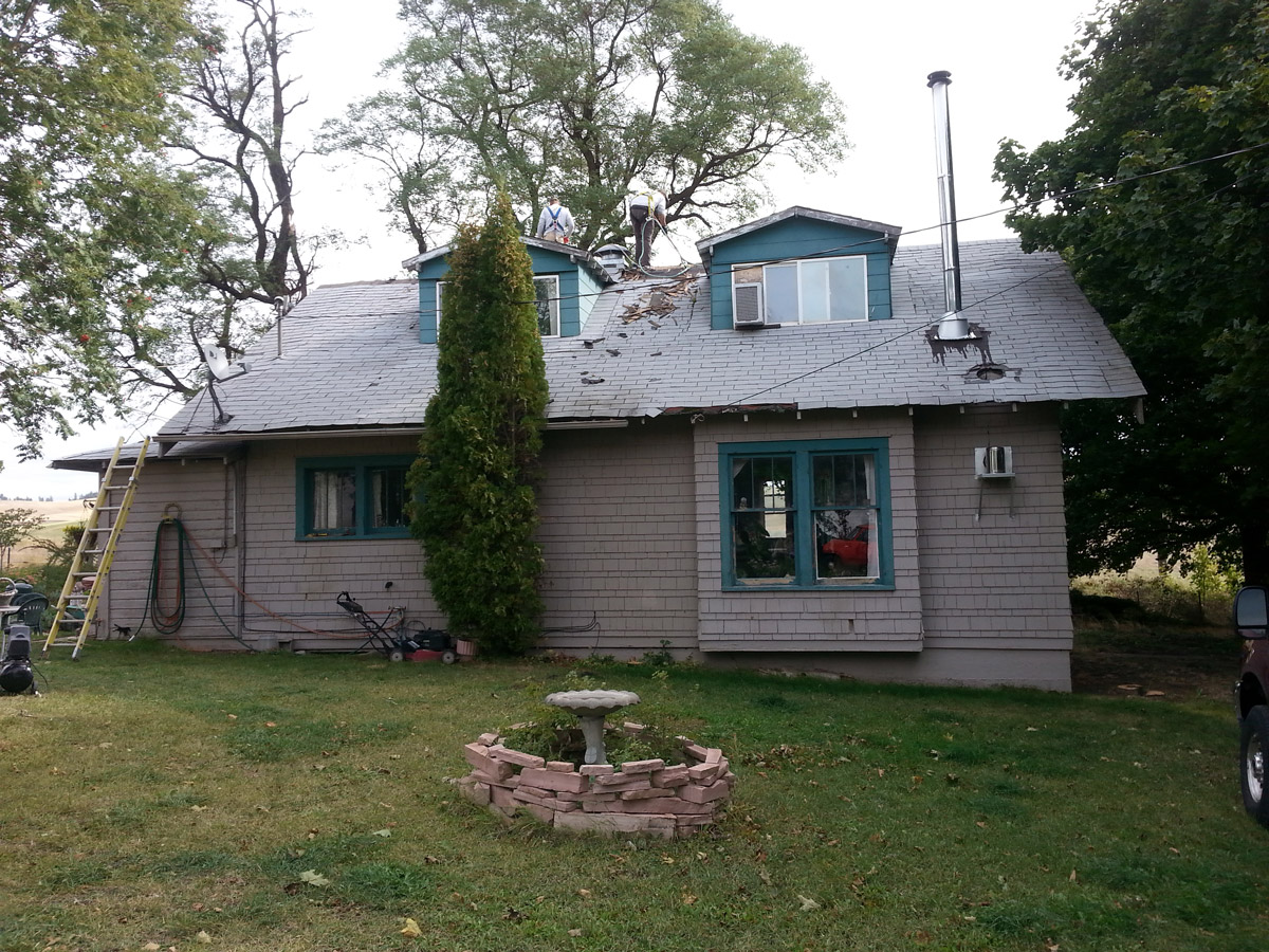 4 Layer Tear Off Resheet Roof Replacement In Spokane County